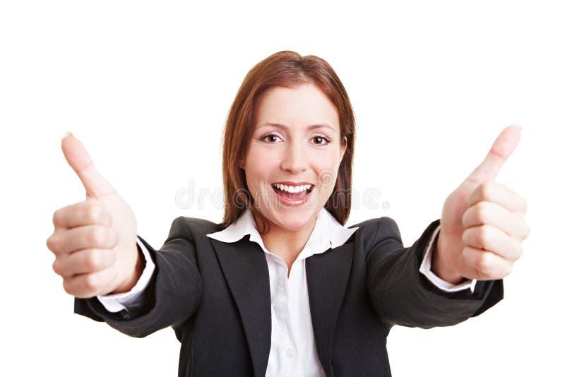 båda tumm affärsholdingen kvinnan royaltyfri foto