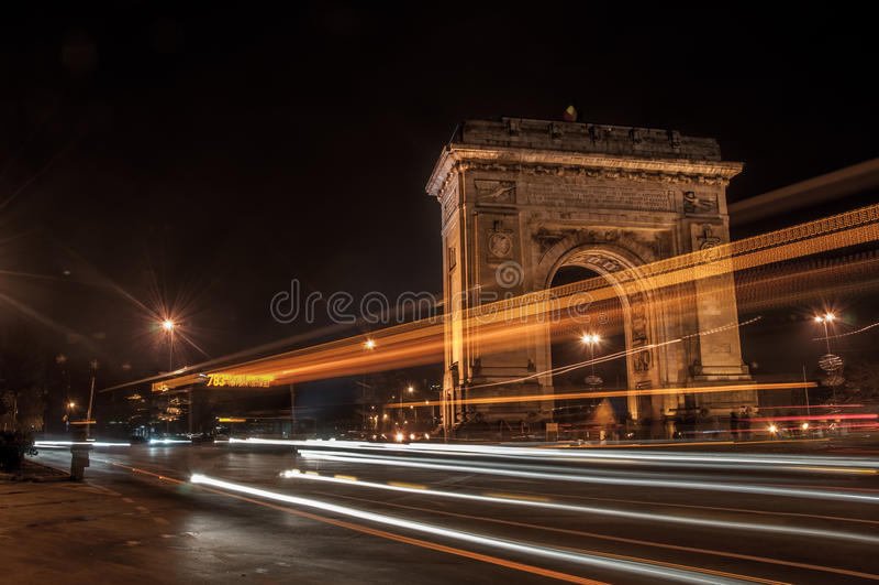 Båge av Triumph, Bucharest arkivbild
