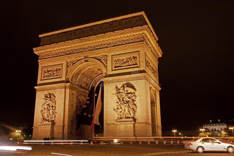 Båge de Triumfera - Paris - Frankrike royaltyfri fotografi