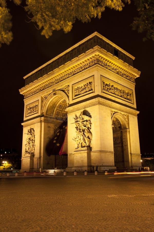 Båge de Triumfera - Paris - Frankrike arkivfoto