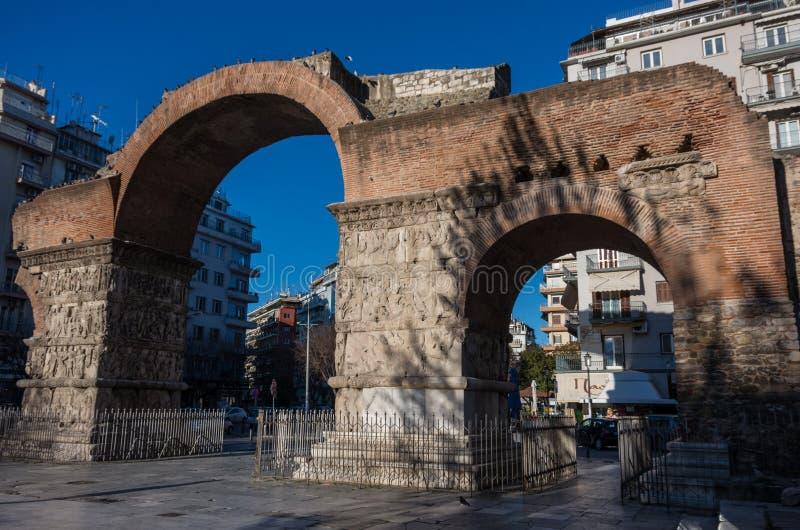 Bågen av Galerius som är bekant som Kamara, Thessaloniki, Grekland royaltyfria bilder