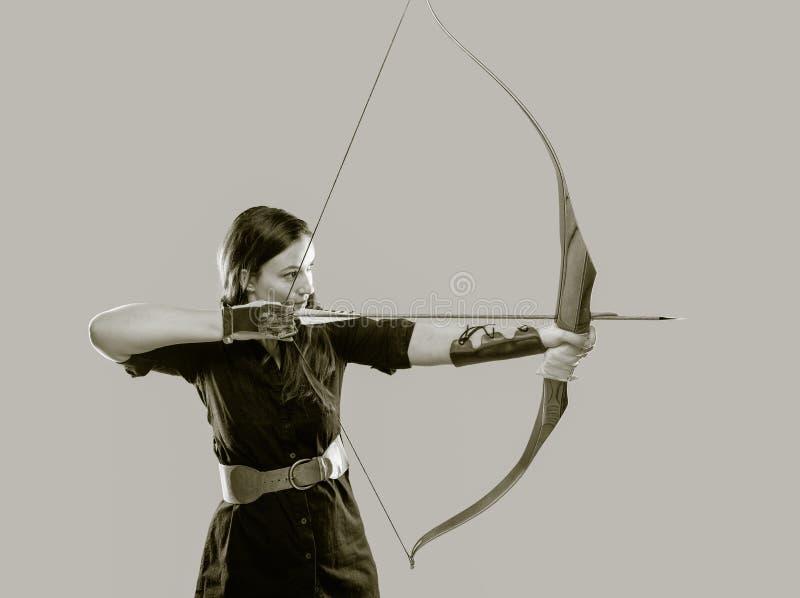 Bågskyttekvinna fotografering för bildbyråer