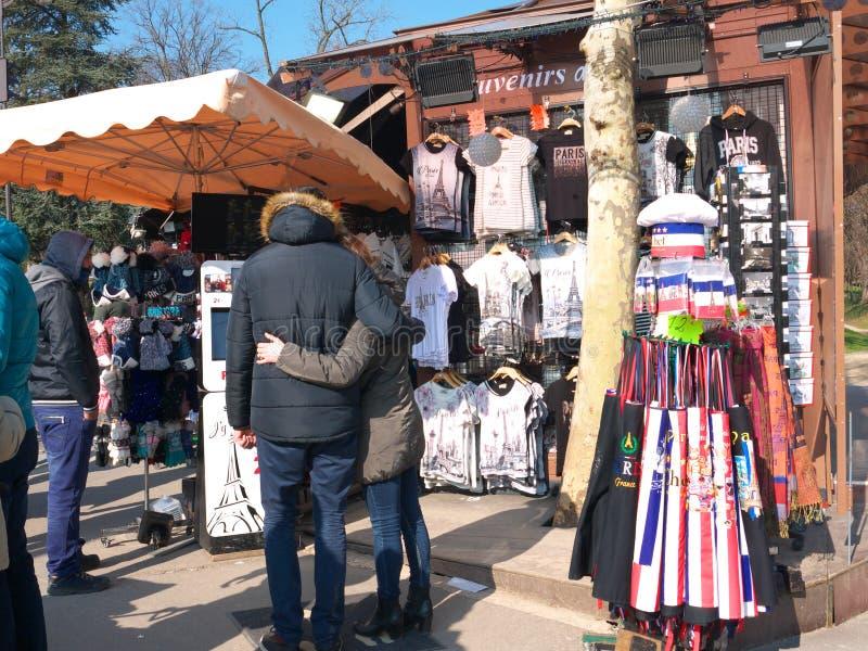 Bås Paris Frankrike för souvenirkioskSelfie foto arkivbilder