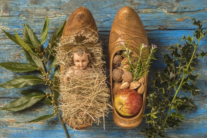 Bébé antique Jésus de Noël photo stock