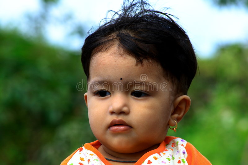 Bébé asiatique mignon photo stock