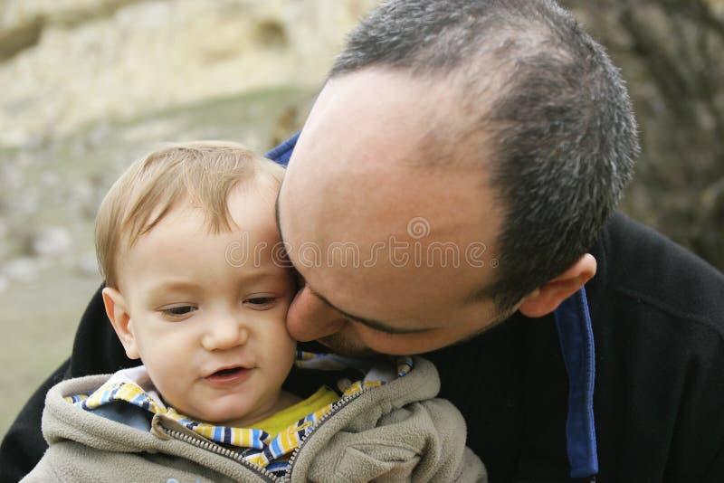 Bébé avec le père image libre de droits