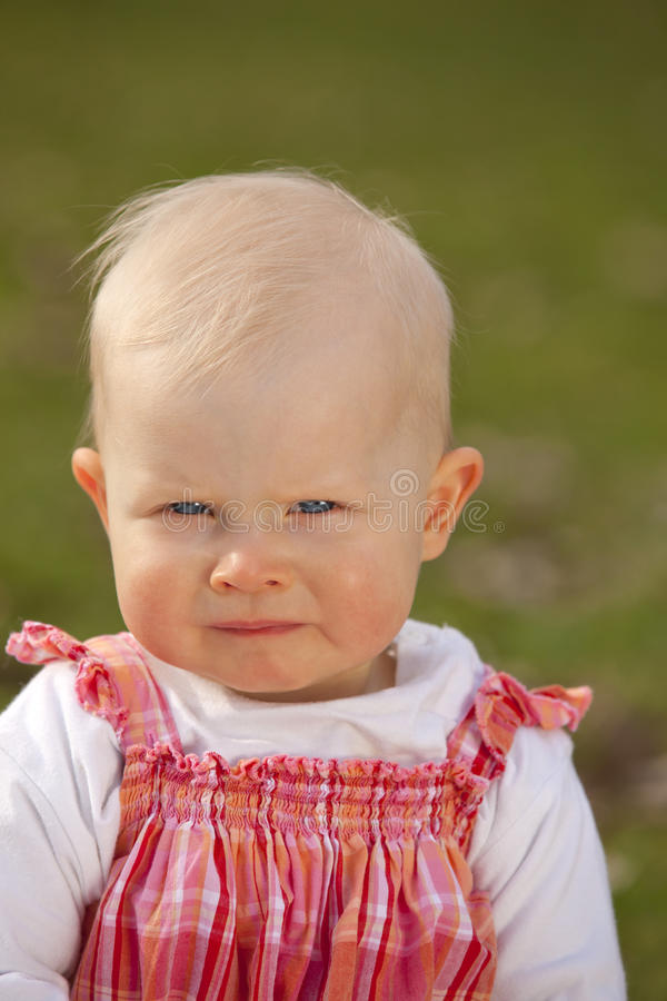 Bébé boudant photos stock