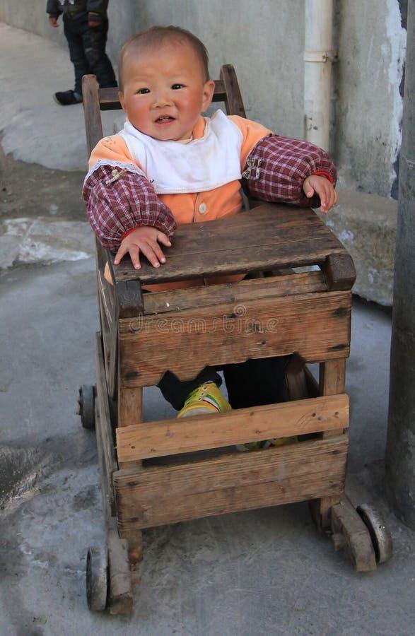 Bébé chinois mignon image libre de droits