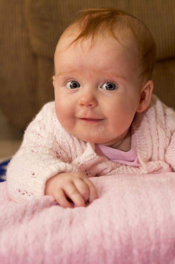 Bébé Dans Le Rose Photographie stock libre de droits