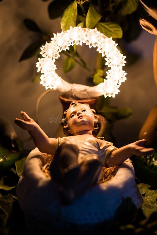 Bébé Jésus sur Manger photos stock