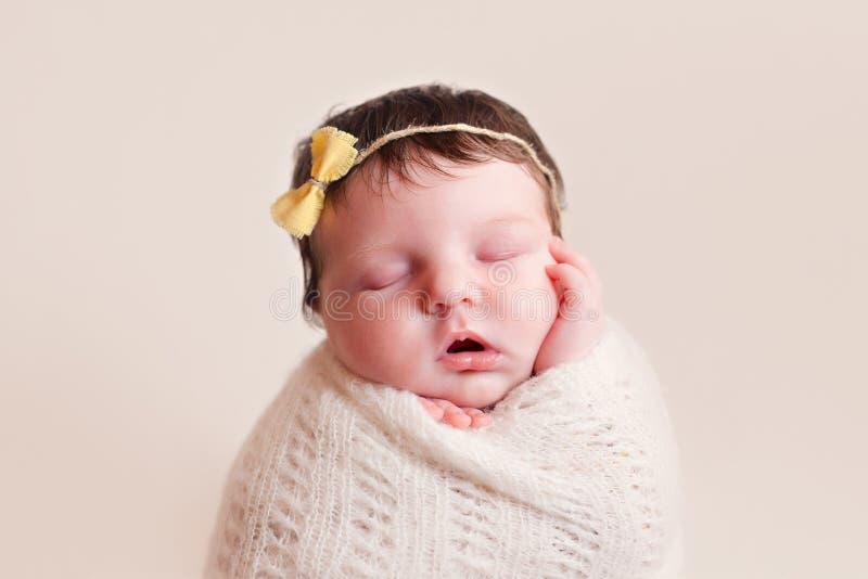 Bébé nouveau-né photos stock