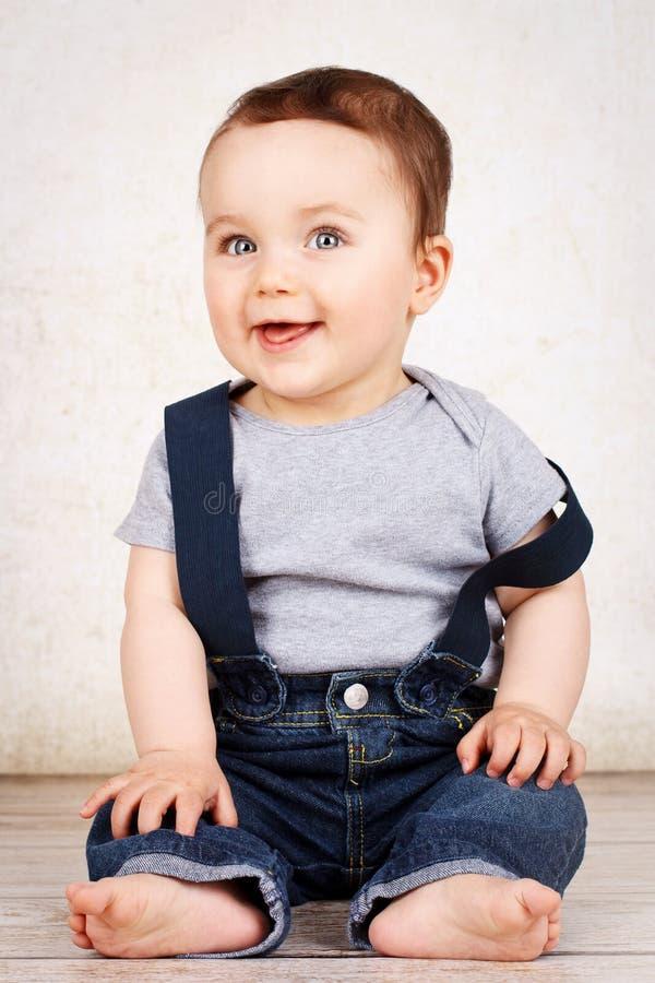 Bébé smilling mignon photo stock
