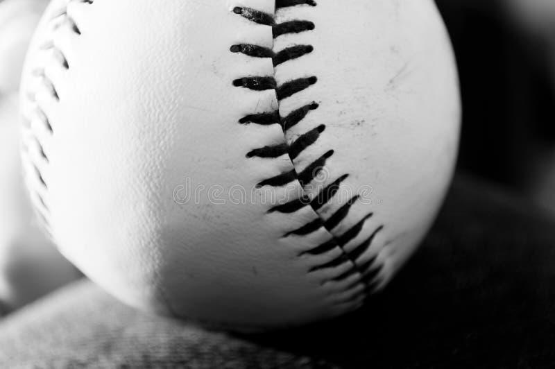 Béisbol blanco y negro foto de archivo