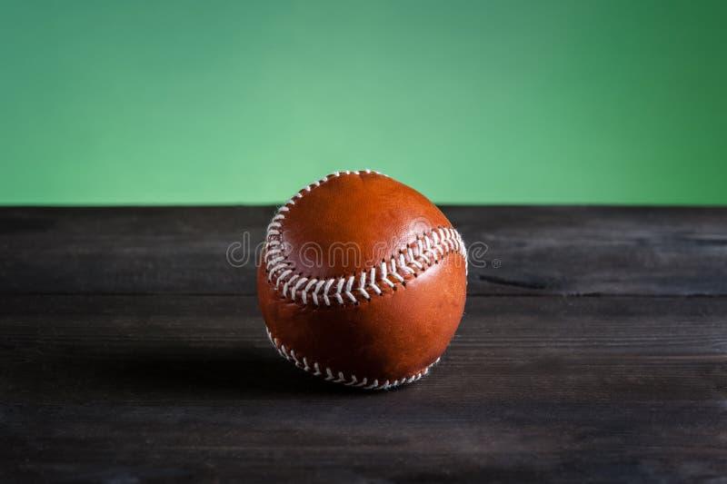 Download Béisbol en la tabla imagen de archivo. Imagen de tradicional - 44856565