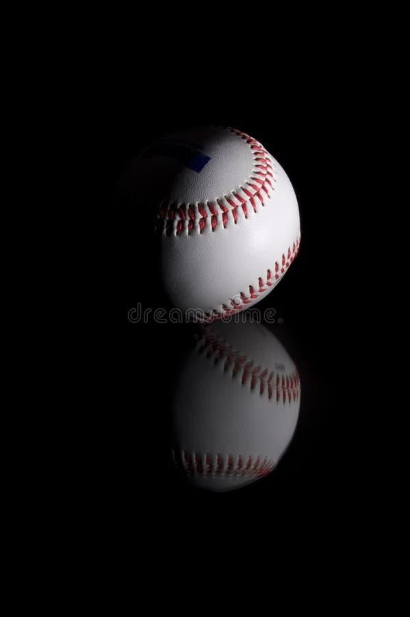 Béisbol en negro fotos de archivo