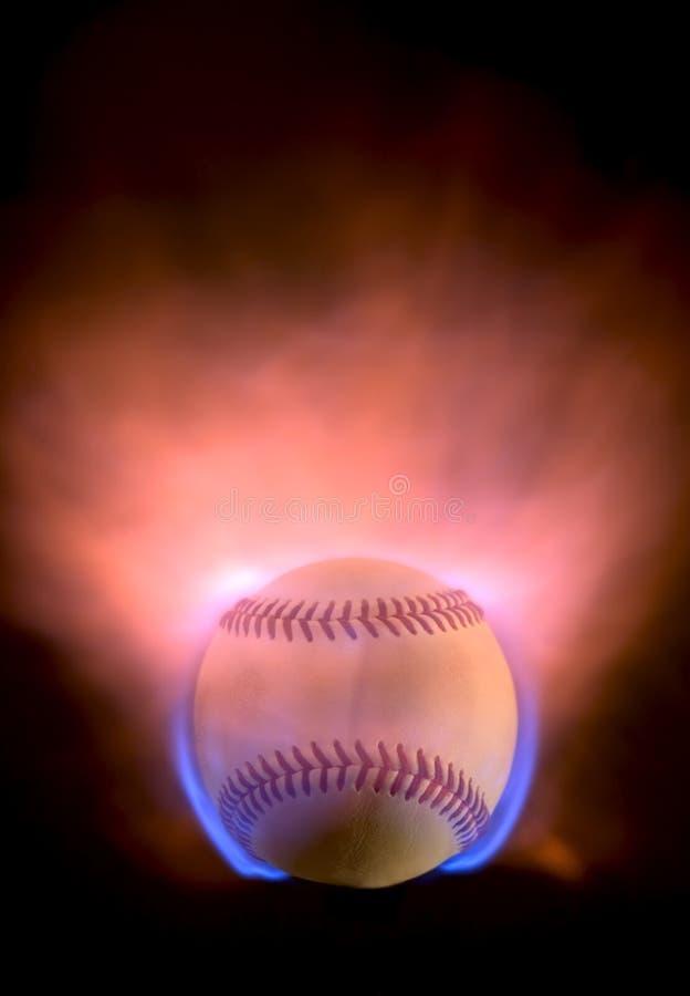 Béisbol llameante imagenes de archivo