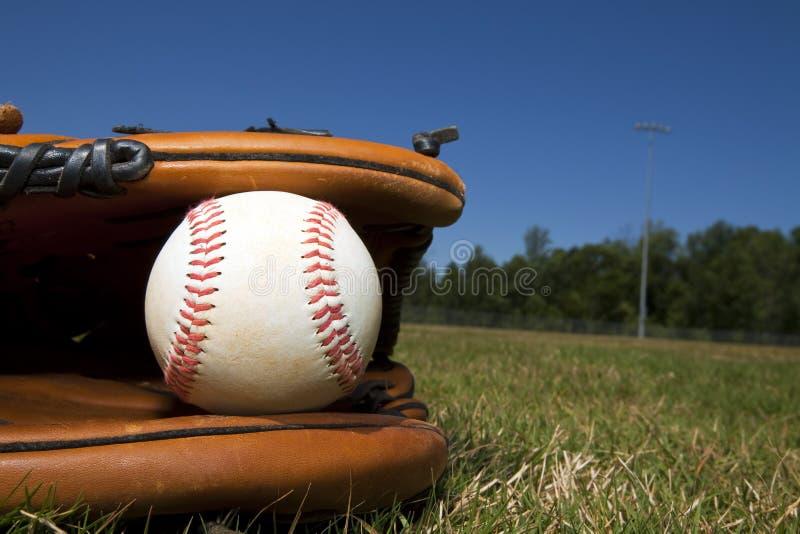 Béisbol y guante foto de archivo libre de regalías