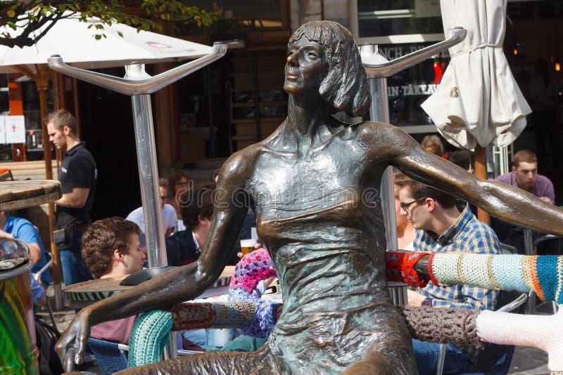BÉLGICA, LOVAINA - 5 DE SETEMBRO DE 2014: Escultura De Kotmadam fotos de stock