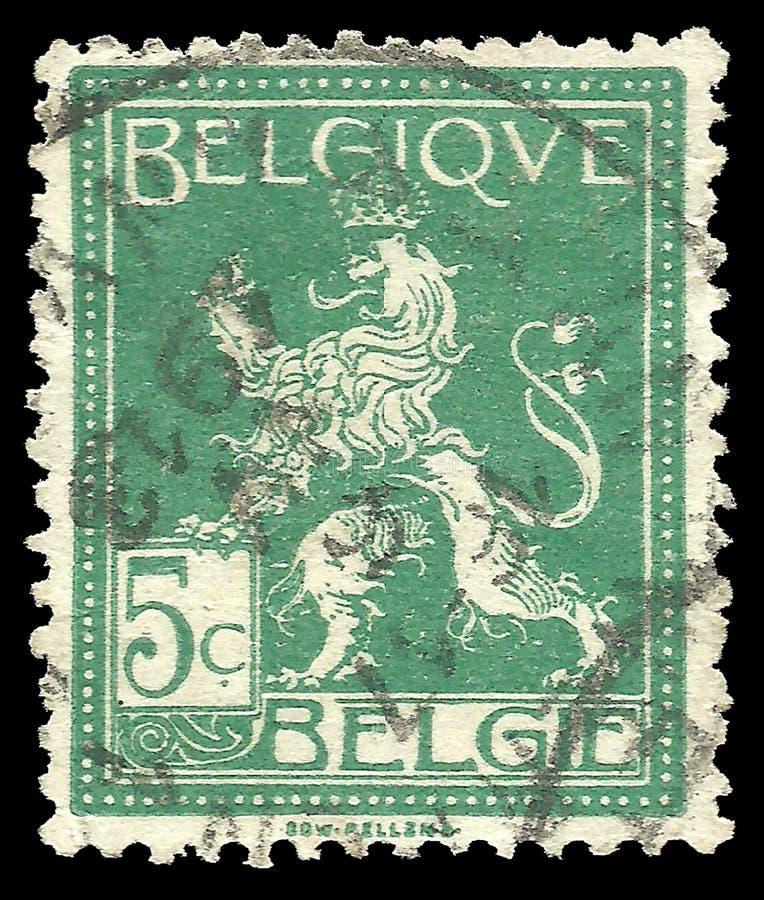 Bélgica - sello 1912: La edición estándar en animales heráldicos, muestra el león derecho foto de archivo libre de regalías