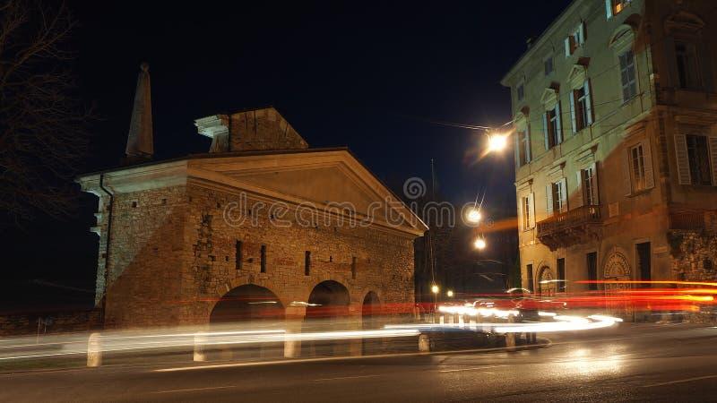 Bérgamo, la ciudad vieja Uno de la ciudad hermosa en Italia lombardía Ajardine en la vieja puerta nombrada puerta de San Giacomo  imágenes de archivo libres de regalías