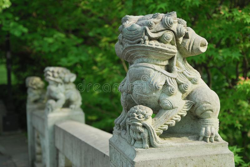 Bête occidentale de stimulant de pont de lac hangzhou photos stock
