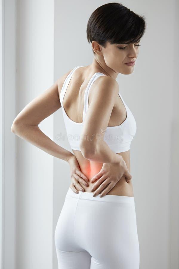 ból Piękna kobieta Ma Bolesnego uczucie W plecy, Backache zdjęcie stock