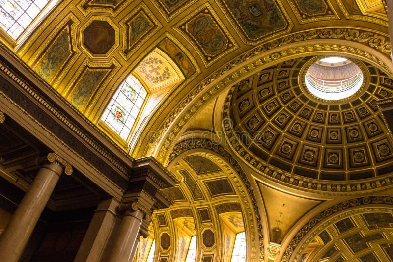 Bóveda de la catedral del Saint Pierre en Rennes fotografía de archivo libre de regalías