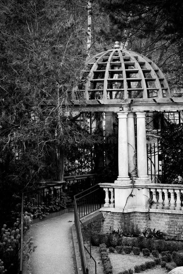 Bóveda de la pérgola foto de archivo libre de regalías
