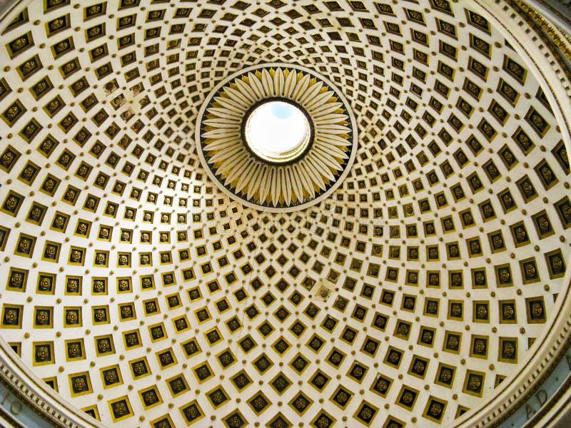 Bóveda de Mosta, Malta, detalle interior imagen de archivo