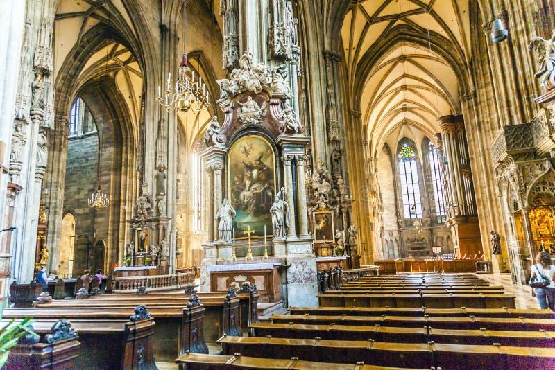 Bóveda de Stephans en Viena desde adentro imágenes de archivo libres de regalías