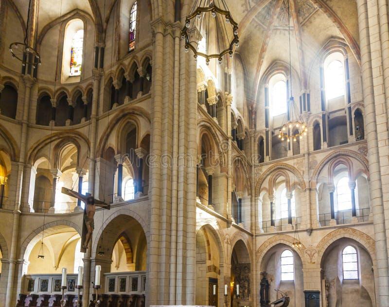 Bóveda gótica en Limburgo, Alemania en colores hermosos foto de archivo libre de regalías