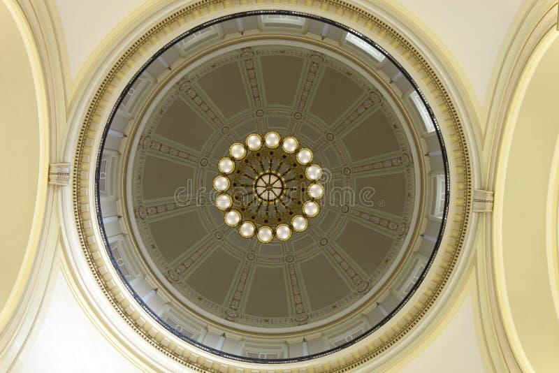 Bóveda interior del piso de la Rotonda del edificio del capitolio del estado de Arkansas en Little Rock fotos de archivo