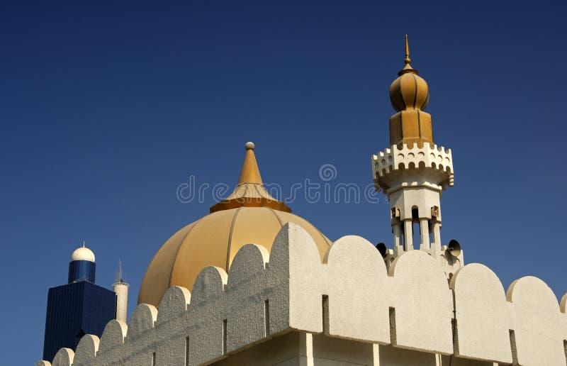 Bóveda y alminar de una mezquita fotografía de archivo libre de regalías