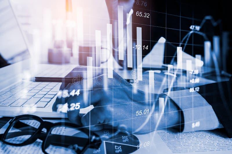 Börse oder Devisenhandelsdiagramm und -kerzenständer entwerfen passendes für Finanzinvestitionskonzept Wirtschaft neigt Hintergru stockbilder
