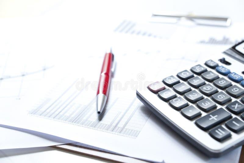 Börse stellt Analyse grafisch dar lizenzfreies stockfoto