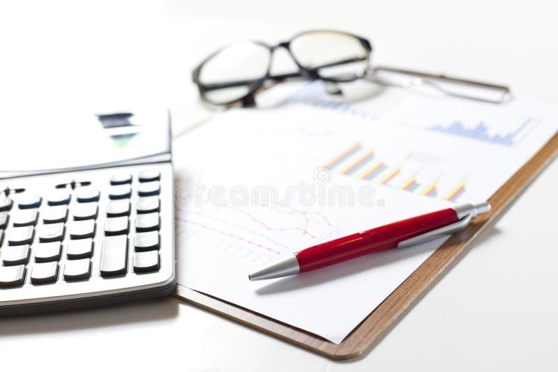 Börse stellt Analyse grafisch dar lizenzfreie stockfotos