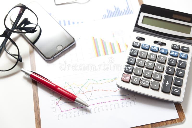 Börse stellt Analyse grafisch dar stockfoto