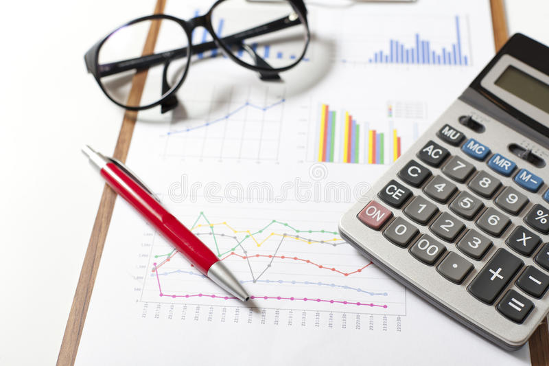 Börse stellt Analyse grafisch dar stockbilder