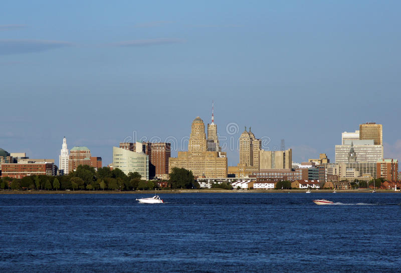 Búfalo, skyline de NY imagens de stock royalty free