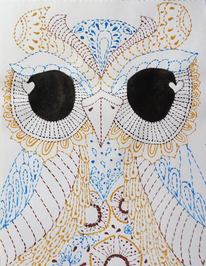 Búho modelado excepcional en el fondo blanco Para el diseño del tatuaje, camiseta, pijamas, bolso, postal, un cartel, materia tex ilustración del vector