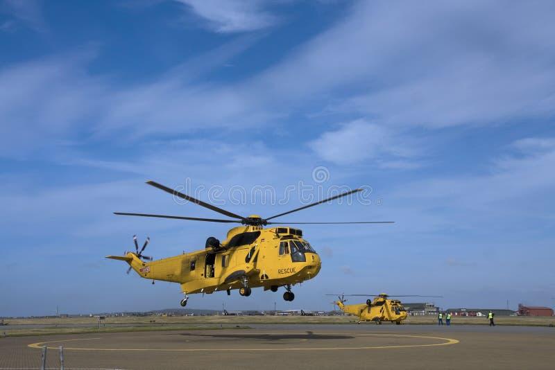 Búsqueda de Seaking y helicóptero del rescate imagen de archivo