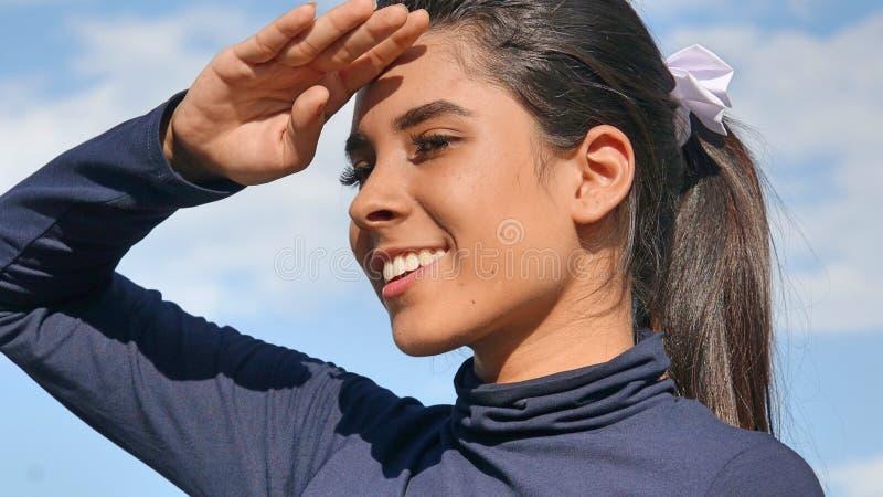 Búsqueda femenina adolescente hispánica imagenes de archivo