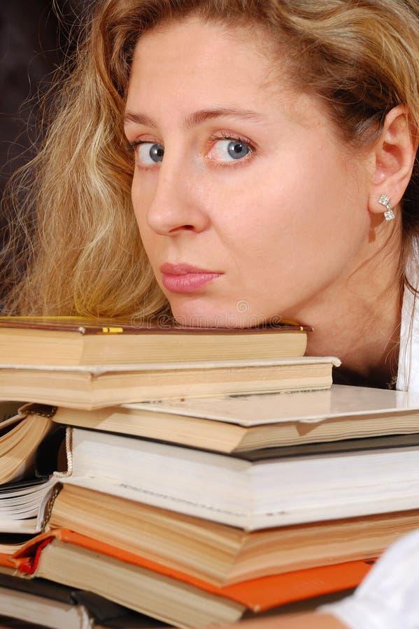 Bücher Und Gesicht Kostenloses Stockfoto