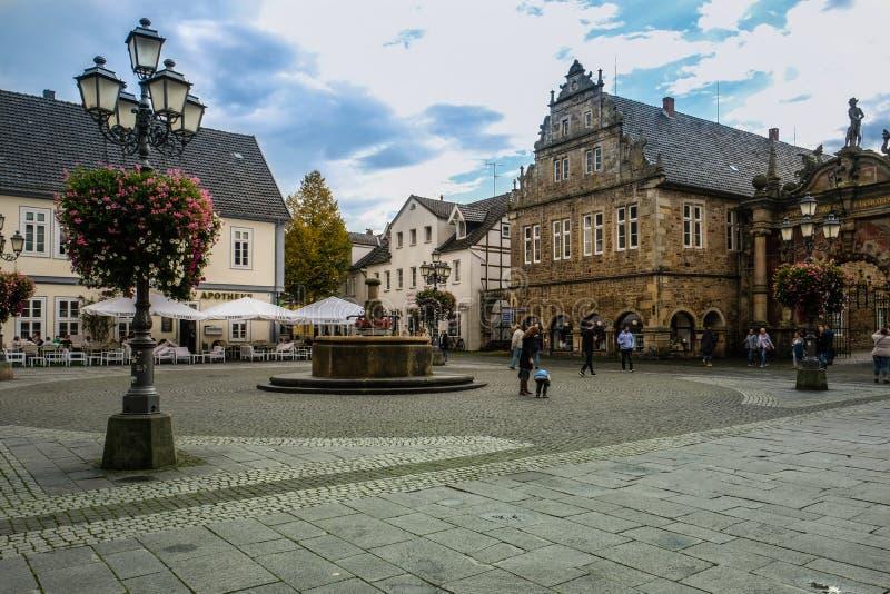 BÜCKEBURG/ALLEMAGNE - Octobre 2019 : Townhall dans le centre historique de Bückeburg/Bueckeburg en Allemagne photographie stock libre de droits
