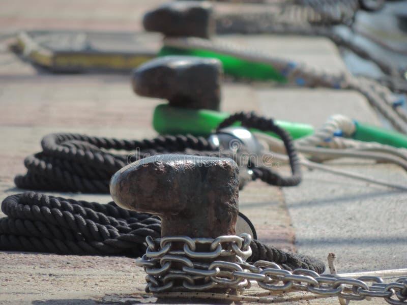 Bügelen auf einem Pier in Sardinien, Italien #2 stockfoto
