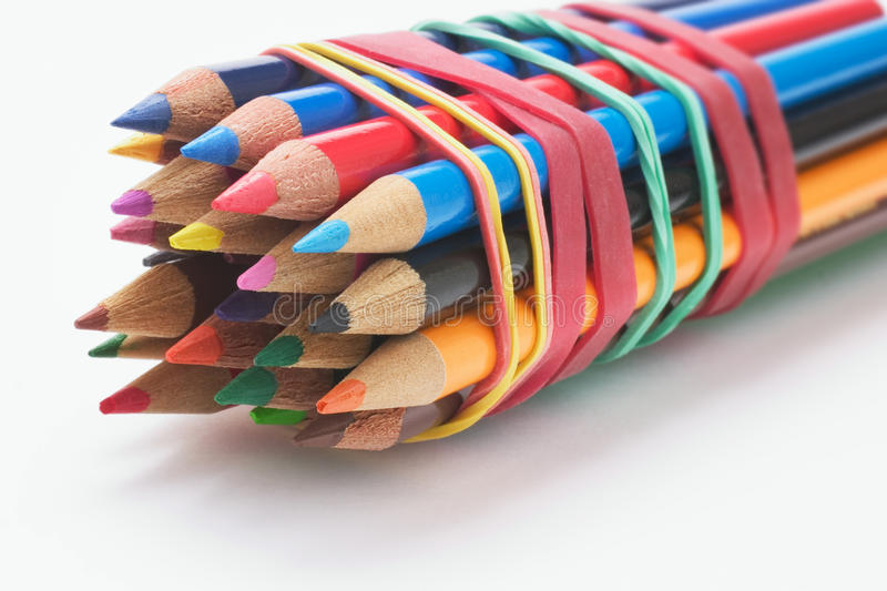 Bündel Farben-Bleistifte stockbild