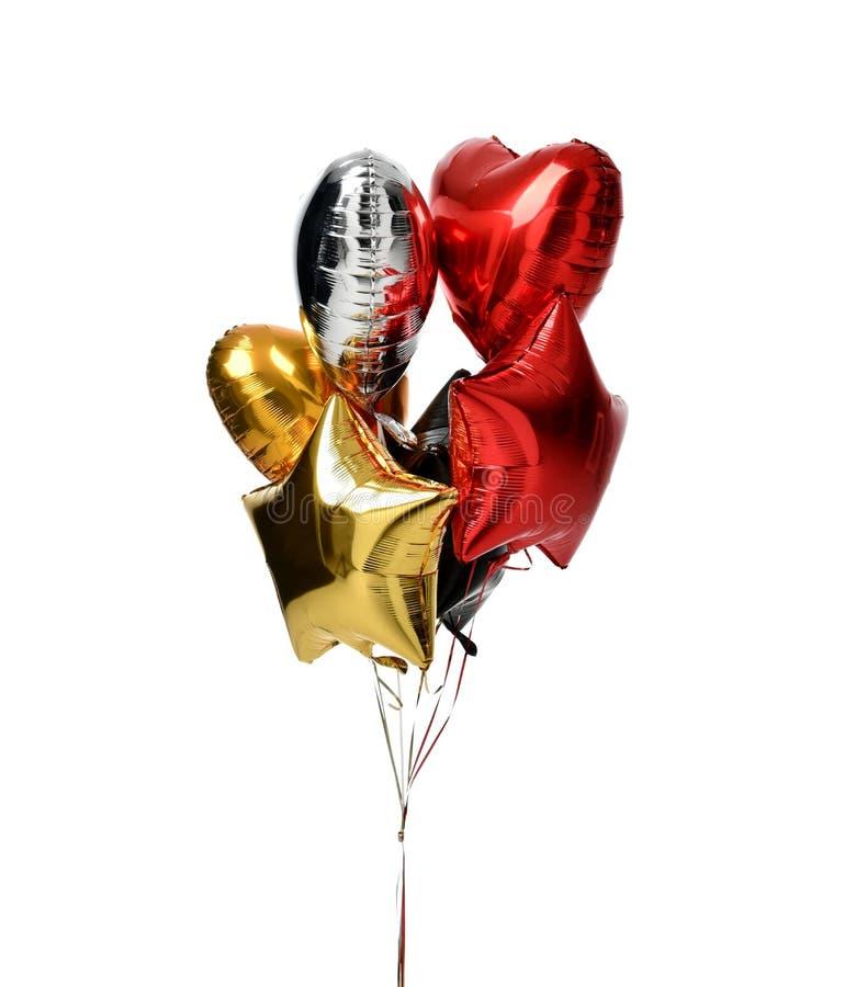 Bündel großes weißes rotes Silber- und Goldherz steigt Gegenstände im Ballon auf lizenzfreie stockfotografie