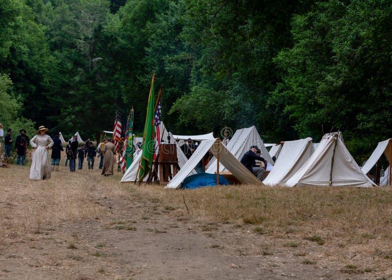 Bürgerkrieg wieder--enactement US-Verbandslager in Duncans-Mühlen, CA, USA stockbilder