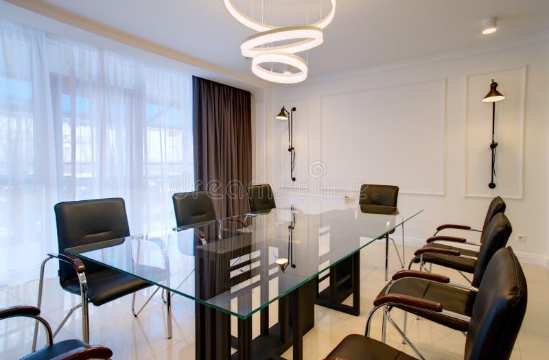 Bürobüro für Verhandlungen und Sitzungen im Stil High-Techen lizenzfreies stockfoto