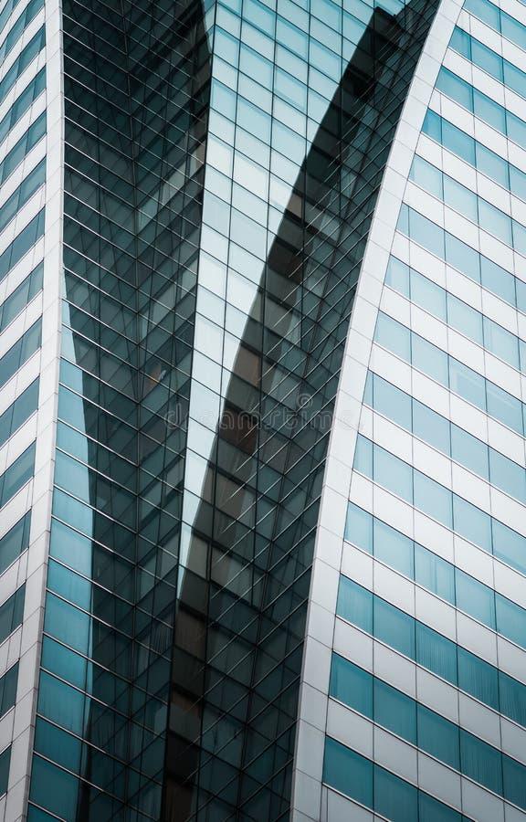 Bürogebäude in Bangkok, Thailand Hintergrund der Außenarchitektur lizenzfreie stockbilder